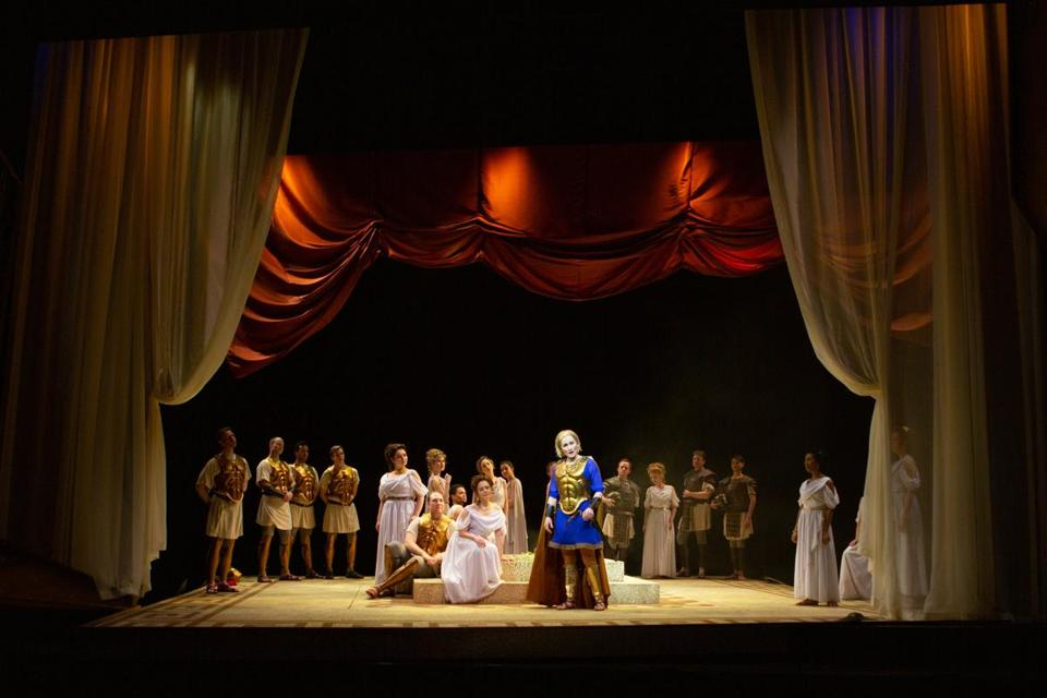 A scene from Odyssey Opera's production of Paride ed Elena. Photo by Kathy Wittman
