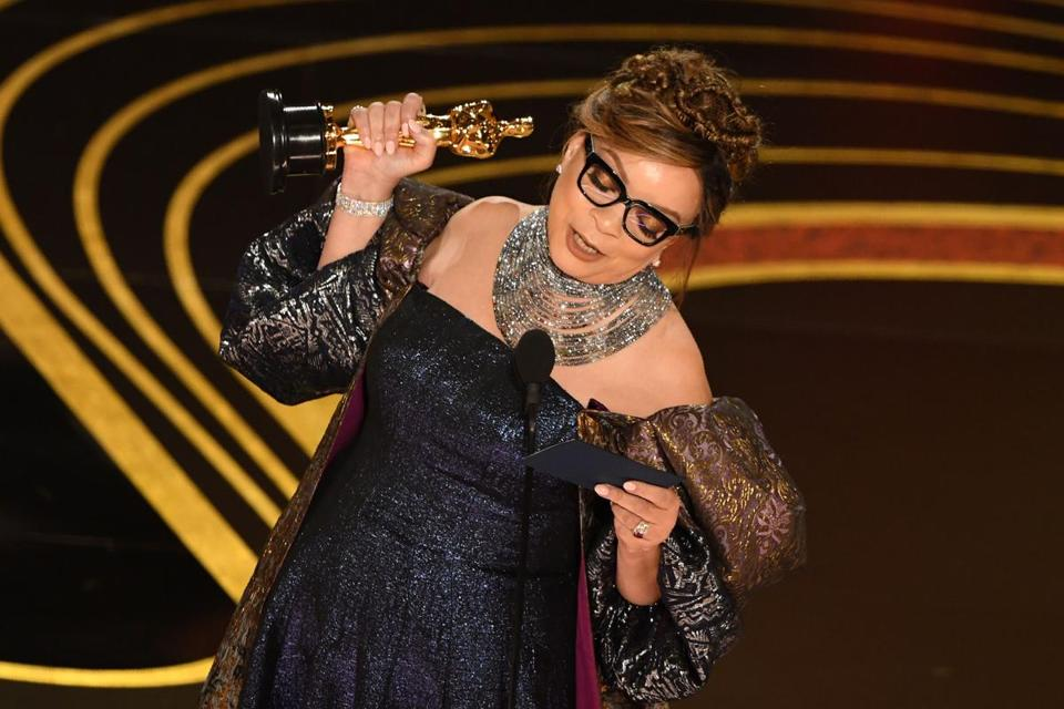 Springfield S Ruth E Carter Becomes First Black Costume Designer To Win The Oscar The Boston Globe