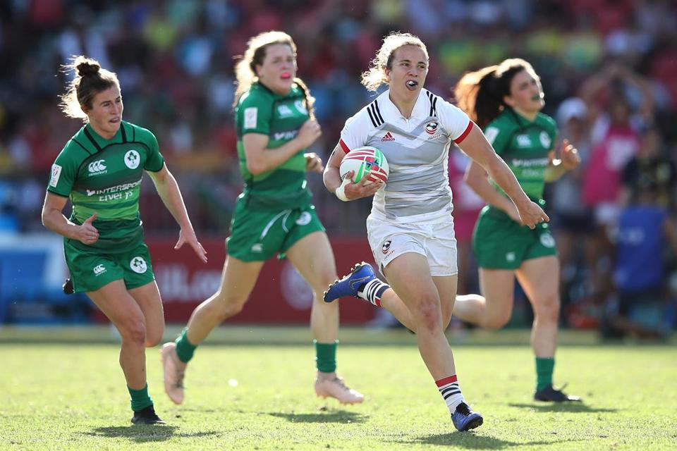 Kriste Kirshe breaks through the Ireland defense for Team USA.