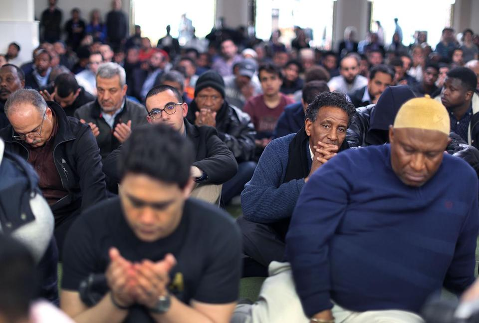 Roxbury-03/15/19 Worshippers attended Friday's prayer service at the Islamic Society Boston Mosque. Many gathered to pray for the victims of the New Zealand terrorist attacks at two mosques. Photo by John Tlumacki/Globe Staff(metro)