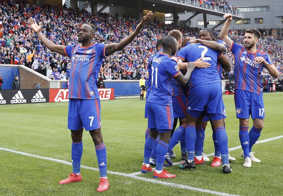CINCINNATI, OH - MARCH 17: FC Cincinnati players celebrate after a goal against the Portland Timbers in the first half at Nippert Stadium on March 17, 2019 in Cincinnati, Ohio. (Photo by Joe Robbins/Getty Images)