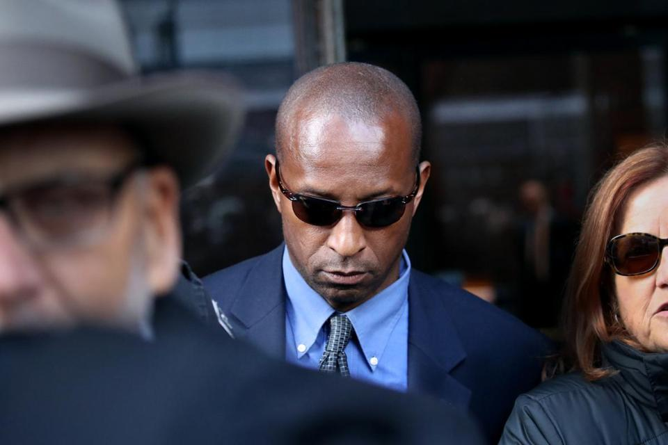 532f8652254 Former Yale soccer coach pleads guilty in college admissions scam ...