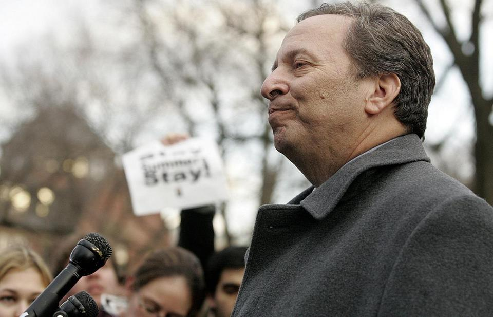 Cambridge, ma-- feb. 21, 2008 Harvard University president Lawrence Larry Summers (left of frame) spoke during a press conference to members of the media and students after he announced on Tuesday Feb. 21, 2006 his resignation. . photo by essdras m suarez/ globe staff LibraryTag 02222006 National/Foreign Page One