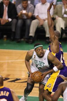 Pierce drove to the hoop against defense from Bryant in the second quarter of Game 6.
