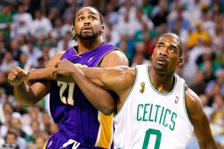 Los Angeles' Ronny Turiaf faced off with Boston's Leon Powe during Game 1.