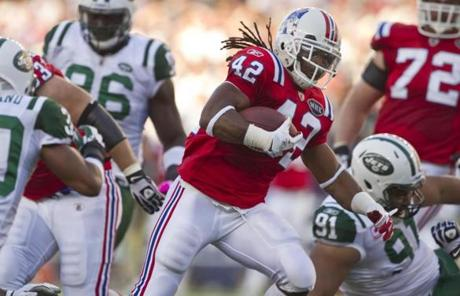 BenJarvus Green-Ellis starred for the Patriots with a season-high 136 yards rushing.