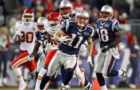Edelman left everyone in the dust as he took a 72 yard third quarter punt return for a touchdown.