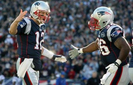 New England scored the final 49 points of the game to win, 49-21, and clinch home-field advantage throughout the AFC playoffs.
