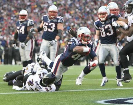 FOXBOROUGH, MA JANUARY 22, 2012 AFC CHAMPIONSHIP NEW ENGLAND PATRIOTS VS. BALTIMORE RAVENS New England Patriots' BenJarvus Green-Ellis #42 scores a touchdown in the second quarter of the game against Baltimore Ravens on Sunday, January 22, 2012 at Gillette Stadium in Foxborough, MA. (Jim Davis/Globe Staff Photo)