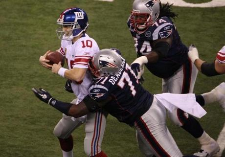 Brandon Deaderick tackled Manning in the first quarter.