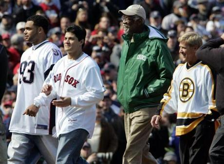 The Red Sox invited fellow Boston champions Richard Seymour, Tedy Bruschi, Bill Russell, and Bobby Orr to participate in the ceremony.