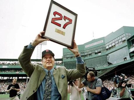 Carlton Fisk shows off his newly retired No. 27 to fans on Sept. 4, 2000.