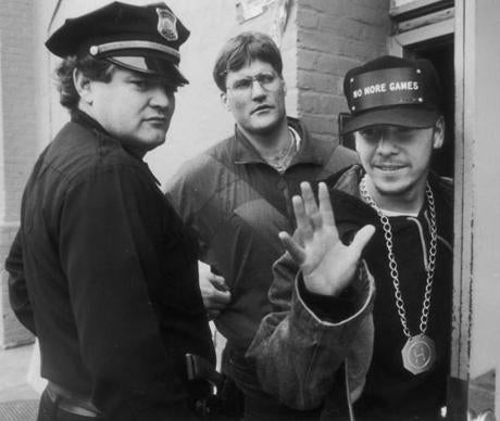 ops photo by Bill Greene b&w October 18, 1990 New Kids on the Block, Donnie Walberg waves to fans during a break in filming new video. bw ----- 0930NKOTB