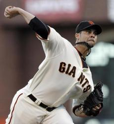 San Francisco Giants starting pitcher Ryan Vogelsong evened the NLCS series at one game each with a 7-1 win over the Cardinals.