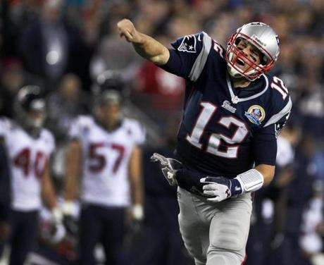 After scrambling to pick up a first down on the final play of the third quarter, an animated Tom Brady got up and howled as he demonstrably signaled first down himself.