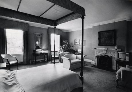 A photo of the front guest bedroom in 1980. Jimmy Carter slept here when he was governor of Georgia.