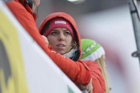 Vonn's sister, Laura Kildow, looked on after the crash. Kildow later met up with Vonn at the hospital.