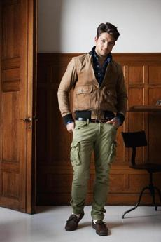 For fall/winter 2013 GANT by Michael Bastian takes inspiration from the iconic works of American art- ist and painter Norman Rockwell. Known for his ide- alized and romantic illustrations of America famously gracing the covers of the Saturday Evening Post, Rock- wellÕs timeless characters has in...