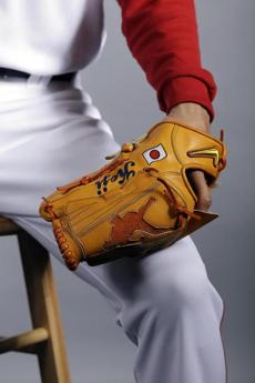 Koji Uehara's glove during team photo day.