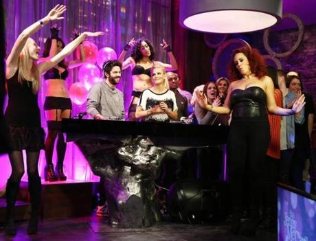 "Jenny McCarthy (center) brings a party atmosphere to her VH1 show. Below (from left): David Alan Grier with W. Kamau Bell on FX's ""Totally Biased""; Carmen Electra, Johnny Weir, Margaret Cho, and Kathy Griffin on Griffin's Bravo show."