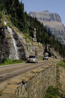 East Side Going-To-The-Sun Road DONNIE SEXTON Media Relations / Staff Photographer MONTANA OFFICE OF TOURISM 301 South Park Avenue | Helena, MT 59620 P: 406.841.2897 | F: 406.841.2871 www.montanapressroom.com 0324montana