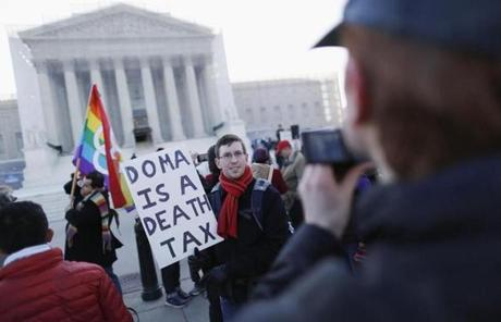 Alan Eckert of Albany, Calif., protested against the Defense of Marriage Act in front of the US Supreme Court on Wednesday.