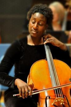 Marshunda Smith performs with the North Shore Philharmonic Orchestra.