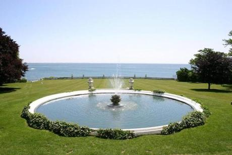 12newport - Party scenes from the 1975 film The Great Gatsby were filmed on the expansive landscaped lawn at Rosecliff mansion. (The Preservation Society of Newport County)