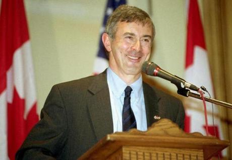 SPECIAL FOR THE BOSTON GLOBE U.S. Ambassador to Canada Paul Cellucci on Friday afternoon, Dec. 14, 2001 in Windsor, Ontario, Canada. Cellucci was keynote speaker at a luncheon held at the Ciociaro Club for the Windsor District Chamber of Commerce. (AP Photo/Jerry S. Mendoza)