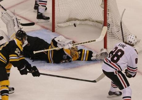 Just more than 2 minutes later, Patrick Kane scored on Rask to give Chicago a 3-1 lead.