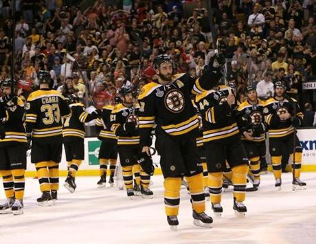 Bergeron and the Bruins saluted the TD Garden crowd before exiting the ice.