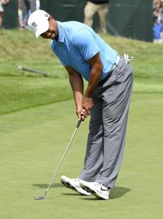 This putt on No. 9 had Tiger Woods back on his heels.