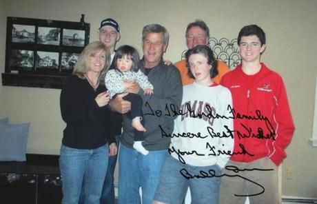 Bobby Orr posed with the Gordon family, who live in Hingham.