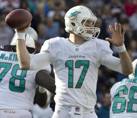 Tannehill threw a pass against the Patriots in third-quarter action.