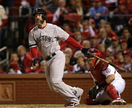 David Ross hit ground-rule double that drove in a run in the seventh inning.