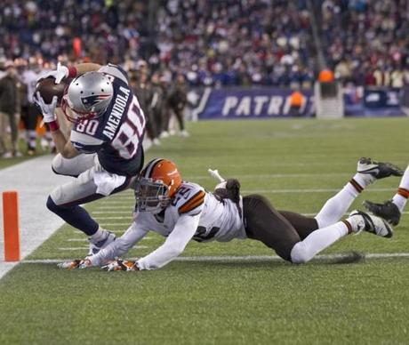 Danny Amendola hauled in the game-winning 1-yard touchdown reception.