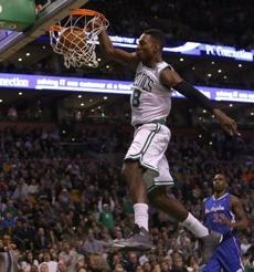 Celtics shooting guard Jeff Green slammed down a two points in the first half.