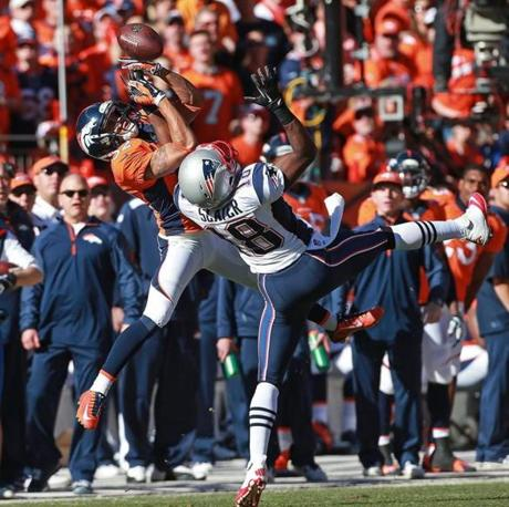 The Broncos' Tony Carter couldn't make the catch for an interception.