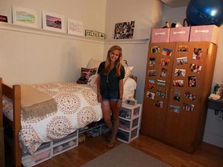 Gillian in her dorm room at Penn. When Gillian Reny arrived at the University of Pennsylvania last August, she longed to be an ordinary freshman. She walks normally, though she is not dancing. She was planning to continue studying jazz dance in college, but it is unclear whether she will be able to do that.