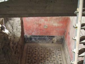 Archeologists found walls and floors of an ancient home.