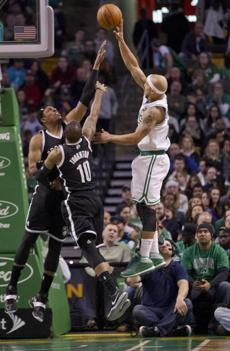 Bayless shot over Pierce and Marcus Thornton.