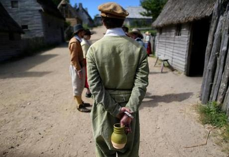 Plymouth Ma 06/21/2014 Plimoth Plantation. Reporter Ethan Gilsdorf goes back to the 17th century. Boston Globe Staff/Photographer Jonathan Wiggs Topic: Reporter: