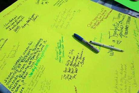As many as 2,000 people showed up for the event throughout the day, many of them leaving messages.