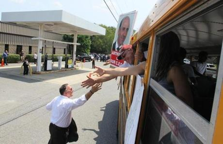 Market Basket workers from two Fitchberg stores were transported to the rally.