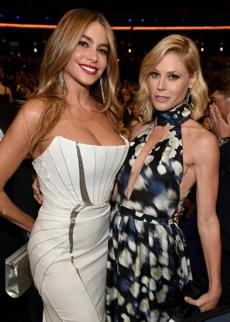 Sofía Vergara, left, and Julie Bowen posed.