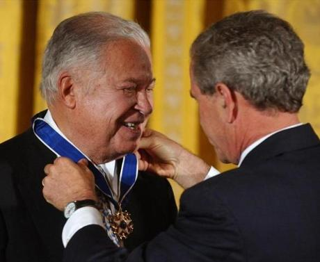 President Bush presents Edward W. Brooke with the Presidential Medal of Freedom, the nation's highest civil award, during a ceremony in the East Room of the White House, Wednesday, June 23, 2004. Brooke was the first black elected to the U.S. Senate since Reconstruction. A Republican who represented Massachusetts from 1967 to 1979, he was also a state attorney general. (AP Photo/Susan Walsh) Library Tag 06242004 National/Foreign