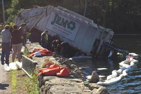 Photos: Dump truck crashes into lake (Photo 6 of 18) - Pictures