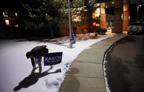 Volunteer Henry Simons prepared for Republican presidential candidate John Kasich's primary election night party at the Grappone Conference Center in Concord, N.H.