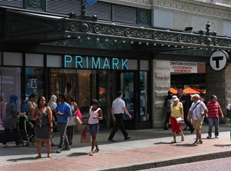 BOSTON, MA - 7/20/2016: Shops on the lower level on Washington Street at Milllennium Tower Boston, downtown crossing at Summer and Washington streets.... an architecture review (David L Ryan/Globe Staff Photo) SECTION: ARTS TOPIC 17Tower