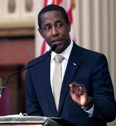 Newton, MA: 02-21-2017: Newton Mayor Setti Warren gives his State of the City speech at Newton City Hall in Newton, Mass. Feb. 21, 2017. Photo/John Blanding, Boston Globe staff storyFelicia Gans, Metro ( 22newton )
